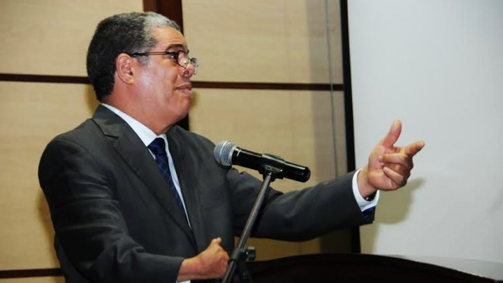 El ministro de Interior dominicano dice que países con más de 7.500 euros de PIB per cápita tienen baja tasa violencia