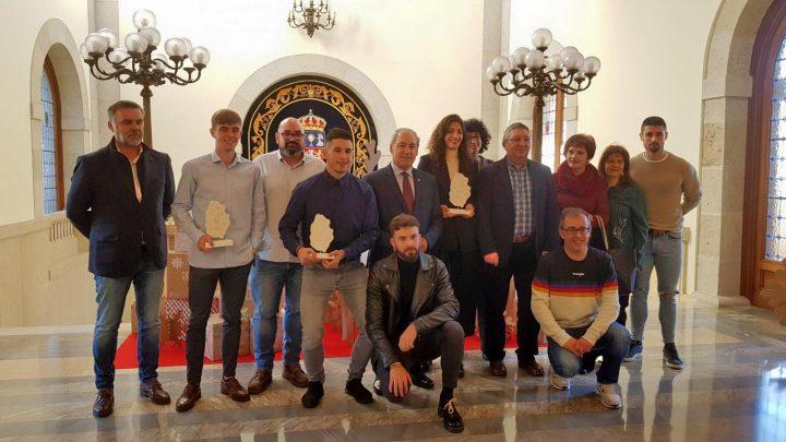 El presidente distingue a los deportistas Saleta Fernández, Adrián Ben y Manuel Freire